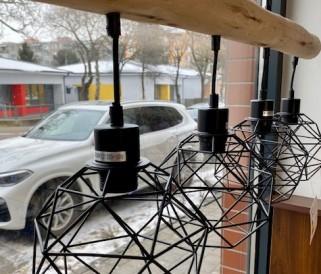 Fával kombinált lámpák: Hangolja össze lámpáit a bútorzattal